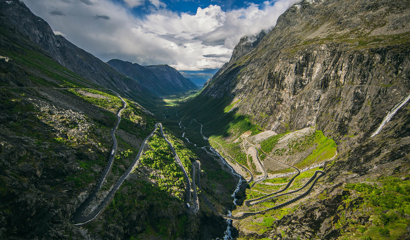 The mountain road over Trollstigen in Rauma.