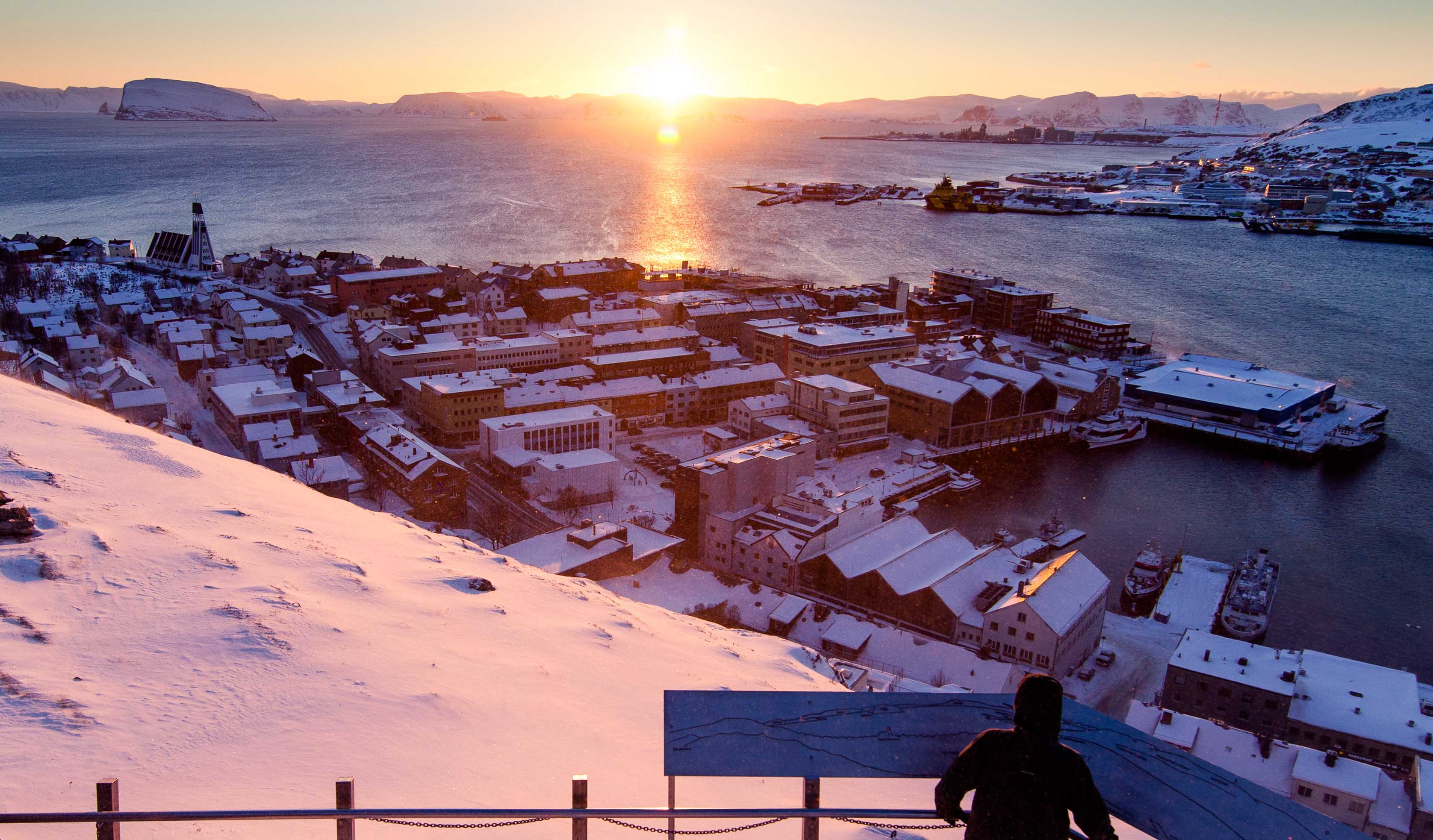 Sunset above the winter landscape of Hammerfest, Finnmark.