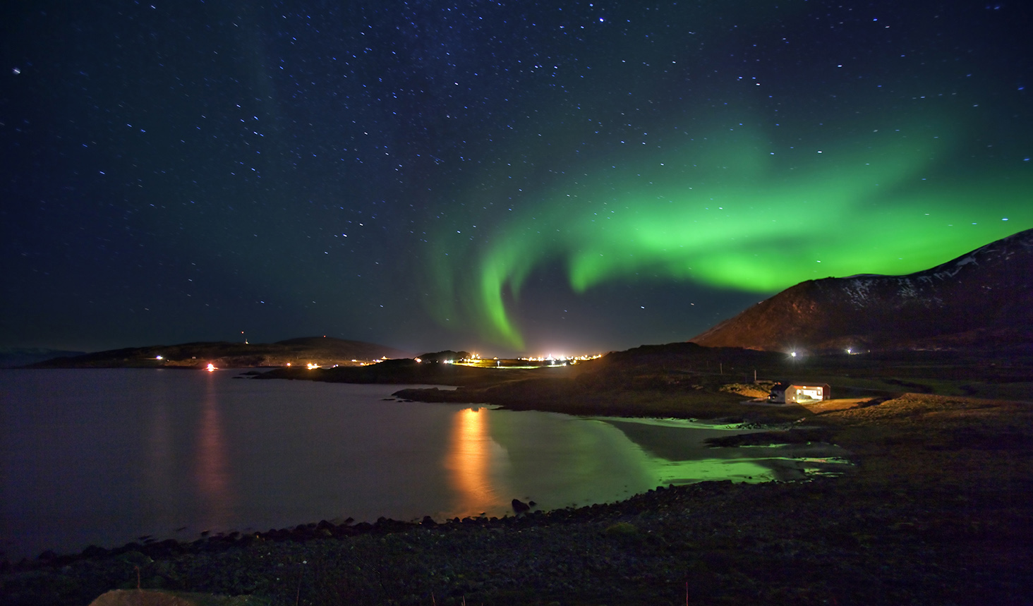 Northern lights in Hasvik, Finnmark.