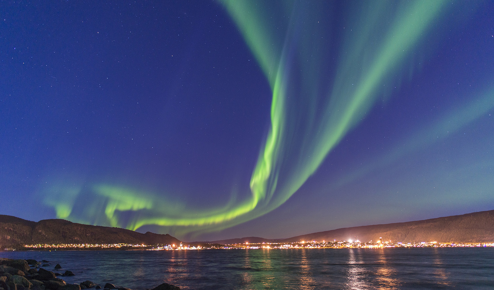 Northern light over Mo i Rana in Nordland.